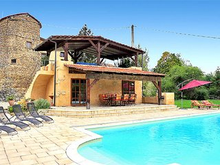 Serene Mansion in Miribel with Private Swimming Pool