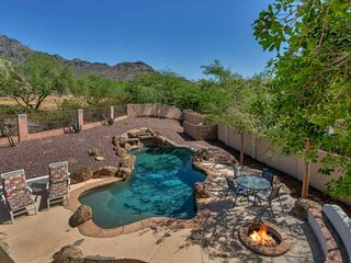 Newly Listed! Private Pool, Mountain Views,Close to Hiking, Biltmore's Shopping