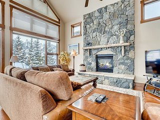 Unobstructed Mountain & Breck Golf Course Views | Luxe All-Suite, Hot Tub