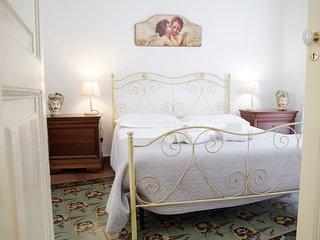 Double room B&B Palazzo Bruca Catania historical center