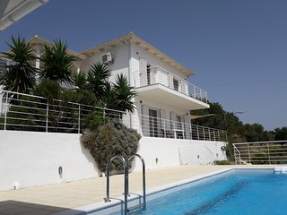 3 bedroom holiday villa and pool in private grounds, southwest Kefalonia
