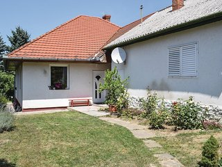 Nice home in Siofok w/ WiFi and 2 Bedrooms
