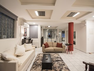 Icarus Aristotelous Penthouse by QR booking