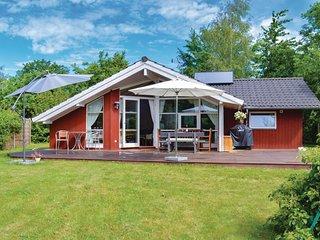 Nice home in Jægerspris w/ WiFi and 3 Bedrooms