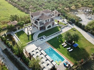 Awarded as World 5th, Palazzo Di P - Private 5*, High-End Villa