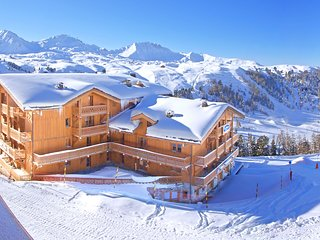 Stylish apartment with a balcony in rolling Belle Plagne