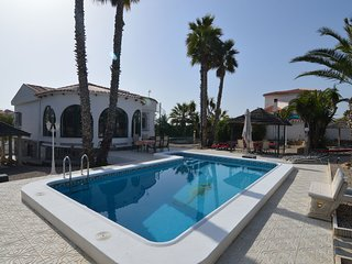 Luxurious Villa In Costa Blanca With Swimming Pool