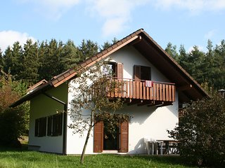 Comfortable holiday home on a reservoir in Hessen with balcony and garden