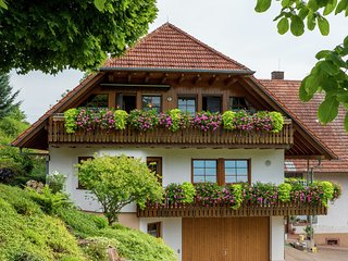 Charming Apartment in Schuttertal with Balcony