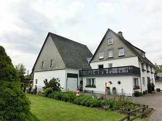 Large group accommodation near Winterberg that provides home comforts - lounge,