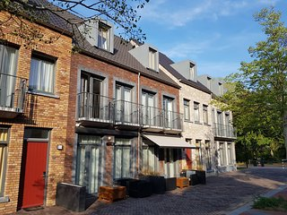 Comfortable, modern apartment, just 4 km. from Maastricht