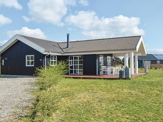 Stunning home in Skjern w/ WiFi and 3 Bedrooms (B4011)
