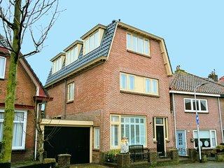 Modern Holiday Home in Noordwijk aan Zee with Garden