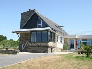 Seafront villa in Finistere.