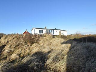 Well-equipped house with a beautiful view near the beach of Terschelling