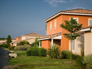 Semi-detached home in Mediterranean style in Languedoc