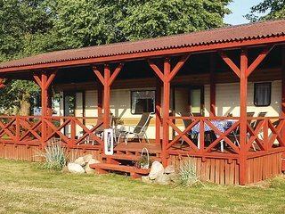 Nice home in Retowo 4 w/ 2 Bedrooms (PPO571)