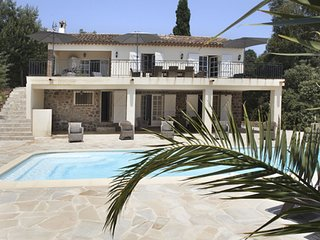 Modern Villa with Swimming Pool in Sainte-Maxime