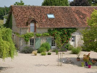 Authentic holiday home in active surroundings near Chilleurs-aux-Bois