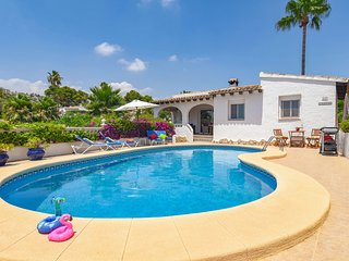 Vintage villa near Moraira with Pool