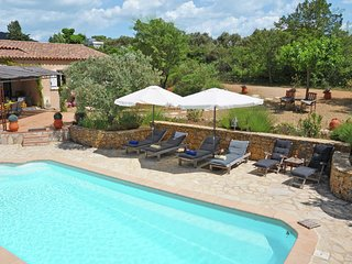 Grandstand view of the Verdon from this villa with private pool in Aups