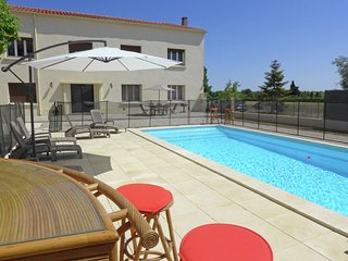 Spacious Holiday Home in Sallèles-d'Aude with Swimming Pool