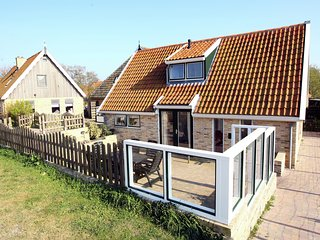 Comfortable Cottage near Sea in Oosterend Terschelling