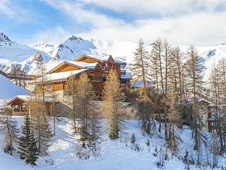 Cozy apartment located just 100 m. from the slopes of Plagne