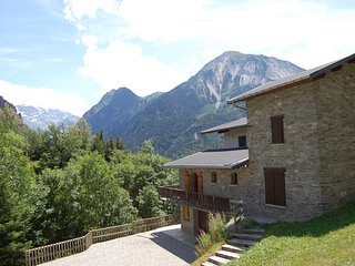 Beautiful Chalet in Champagny-en-Vanoise with Sauna
