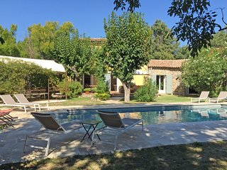 Comfortable Villa in Lorgues with Private Pool