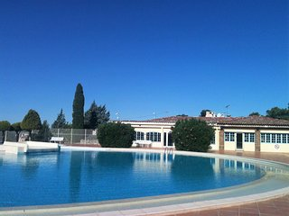 Charming holiday home, on a secured private domain with large swimming pool