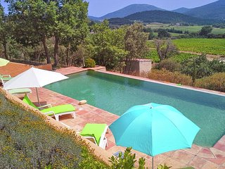 Luxury Villa in Le Plan-de-la-Tour with Swimming Pool
