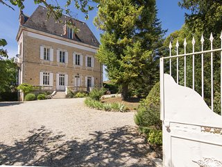 Classic, tastefully decorated mansion with views across the garden and pool