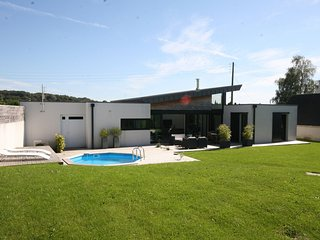 Modern Villa in Plougastel-Daoulas France with Indoor Pool