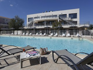 Modern apartment between Grau-du-Roi and Port-Camargue