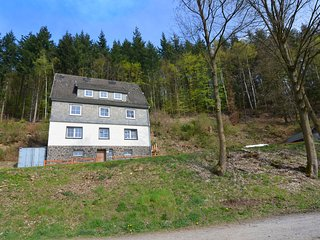 Lovely group house near Winterberg with private sauna, garden and terrace