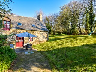 Beautiful Breton house near the sea and just 20km from Mont Saint Michel!