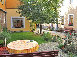 Quaint Apartment in Annaberg - Buchholz with mountain view