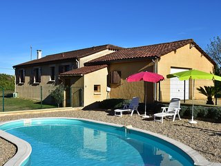 Holiday home among cherry trees, with swimming pool at Saint-Laurent-la-Vallée