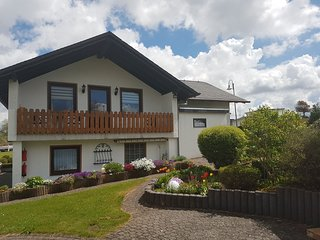 Attractive Holiday Home in Gonnersdorf Eiffel with Play Area