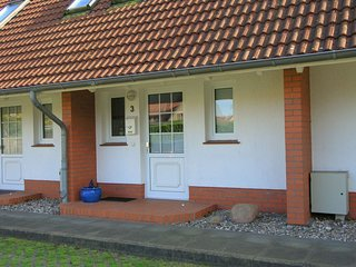 Comfortable Cottage near Sea in Zingst