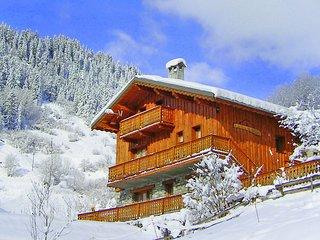 Comfortable Chalet in Champagny-en-Vanoise near Paradiski Ski Area