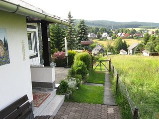 Detached holiday home with a cosy fireplace in the central Thuringian Forest