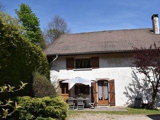 wing of a farm, in the centre of the Ballon des Vosges