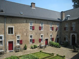 Apartments 'Meschermolen' located 10km from Maastricht