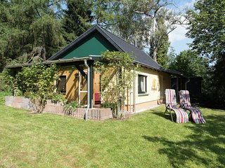 Detached holiday home with covered terrace in the beautiful Ore Mountains