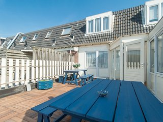 Apartment with shared terrace nearby the beach of Egmond aan Zee