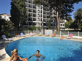 Nice apartment in the heart of Cannes 200 m. from the beach