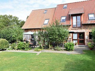 Holiday house with 2 apartments - Ideal for groups, Cafe on the property