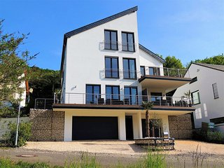 Comfortable detached house with garden, looking out over the Mosel and Cochem Ca
